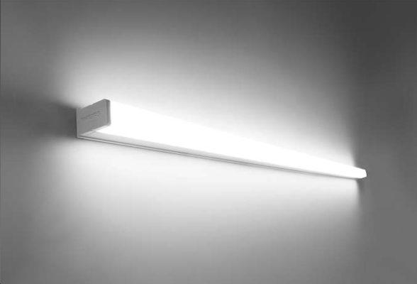 31081 Slimline philips wall lamp led