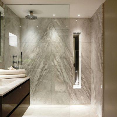 Tư vấn lắp đặt đèn LED âm trần phòng tắm hợp lý