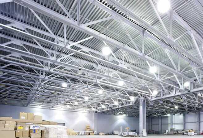 Tại sao nên lắp đặt đèn led nhà xưởng